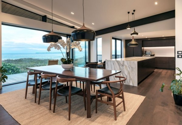 Mt Maunganui Beachfront Residence
